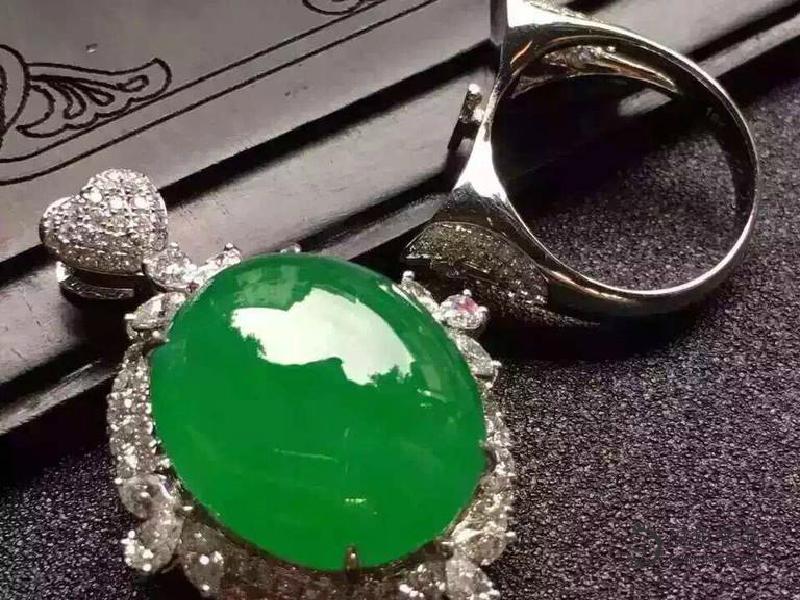 翡翠珠宝可以回收吗?去哪里回收?回收价钱是多少?