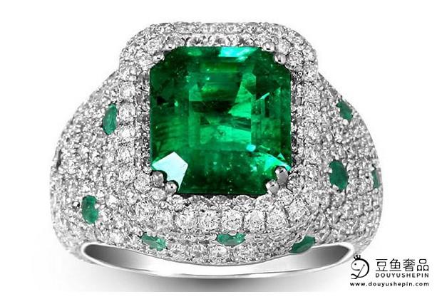 购买祖母绿珠宝时需要注意什么?祖母绿珠宝有回收的价值吗?