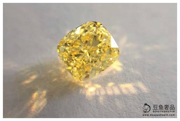 黄钻的GIA标准和普通钻石一样吗?