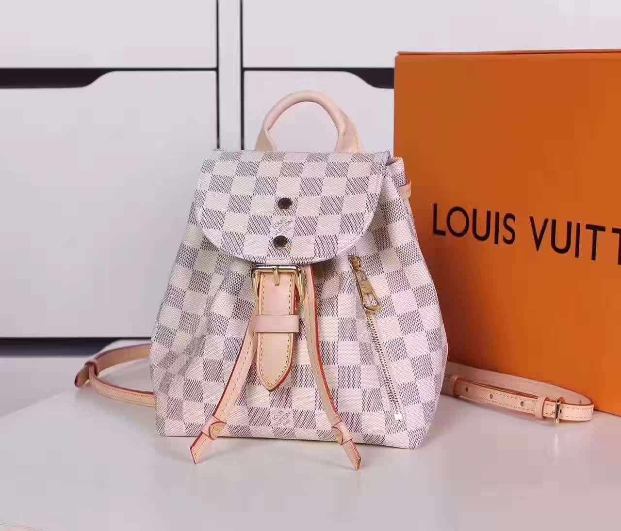 LV背包在二手回收市场中受欢迎吗?