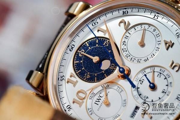 您喜欢简约风格的万国手表吗? 哪里能回收二手万国手表?