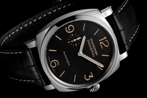 沛纳海LUMINOR系列PAM 00005手表能在上海回收多少钱?