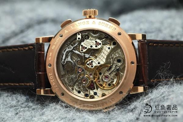 上海哪里能回收非常受欢迎的朗格手表?