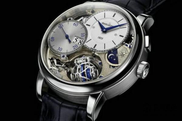 两年前购买的积家大师系列Q151842A手表还能回收吗?