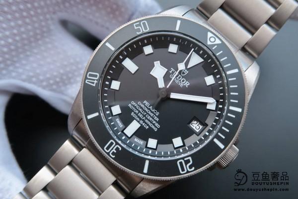 黄子韬佩戴的理查德米尔手表在豆鱼奢品能回收多少钱?