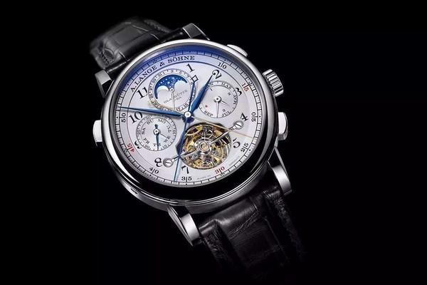 花2万多元购买浪琴表值不值得?浪琴手表的保值能力强吗?